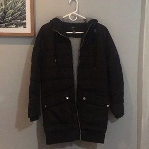 Forever 21 NWT black puffer jacket .